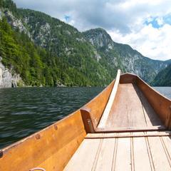 Mit dem Boot über den Toplitzsee - ©bergleben.de / Matteo Gariglio