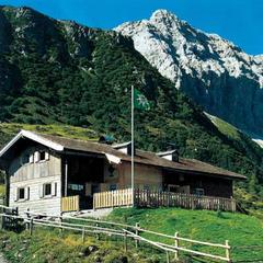 Porze Hütte - ©www.karnische-alpen.com