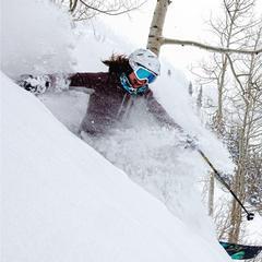 Ski Tester: Krista Crabtree - © Liam Doran