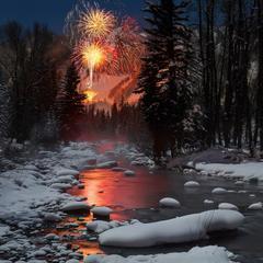 Aspen New Year fireworks - © Jeremy Swanson