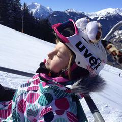 Dobre vedieť: Kde je lyžiarska prilba na zjazdovkách povinná? - ©TVB Mayrhofen/Eva Wilhelmer/Gabi Huber