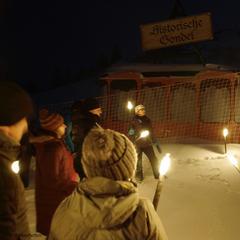 Nocny spacer z pochodniami, Mayrhofen - © TVB Mayrhofen