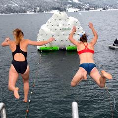 Silvesterschwimmen in Achensee - © TVB Achensee