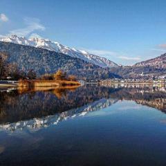 Lago di Caldonazzo ve Valsugane východně od Trientu, druhé největší jezero v Trentinu - © facebook | Poesia del Trentino