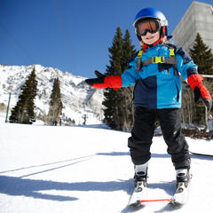 Kids learning to ski at Snowbird - © Marc Piscotty