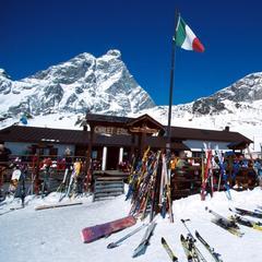 Il punto di vista dello sciatore su: Breuil Cervinia - Valtournenche - ©Cervinia Tourism