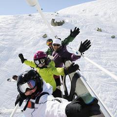 Sortie ski en famille, pour le plus grand bonheur des enfants - © OT Val Thorens-P.Lebeau