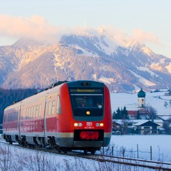 Regionalexpress zwischen Sonthofen und Oberstdorf im Allgäu - © Deutsche Bahn AG, Bartlomiej Banaszak