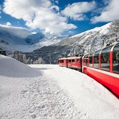 Sulla neve: idee originali per una vacanza coi fiocchi! - ©Bernina Express