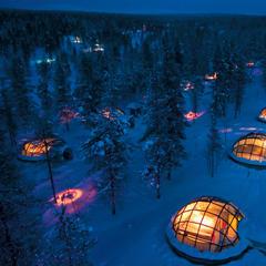 Kakslauttanen - iglu dedinka, Laponsko - © Kakslauttanen